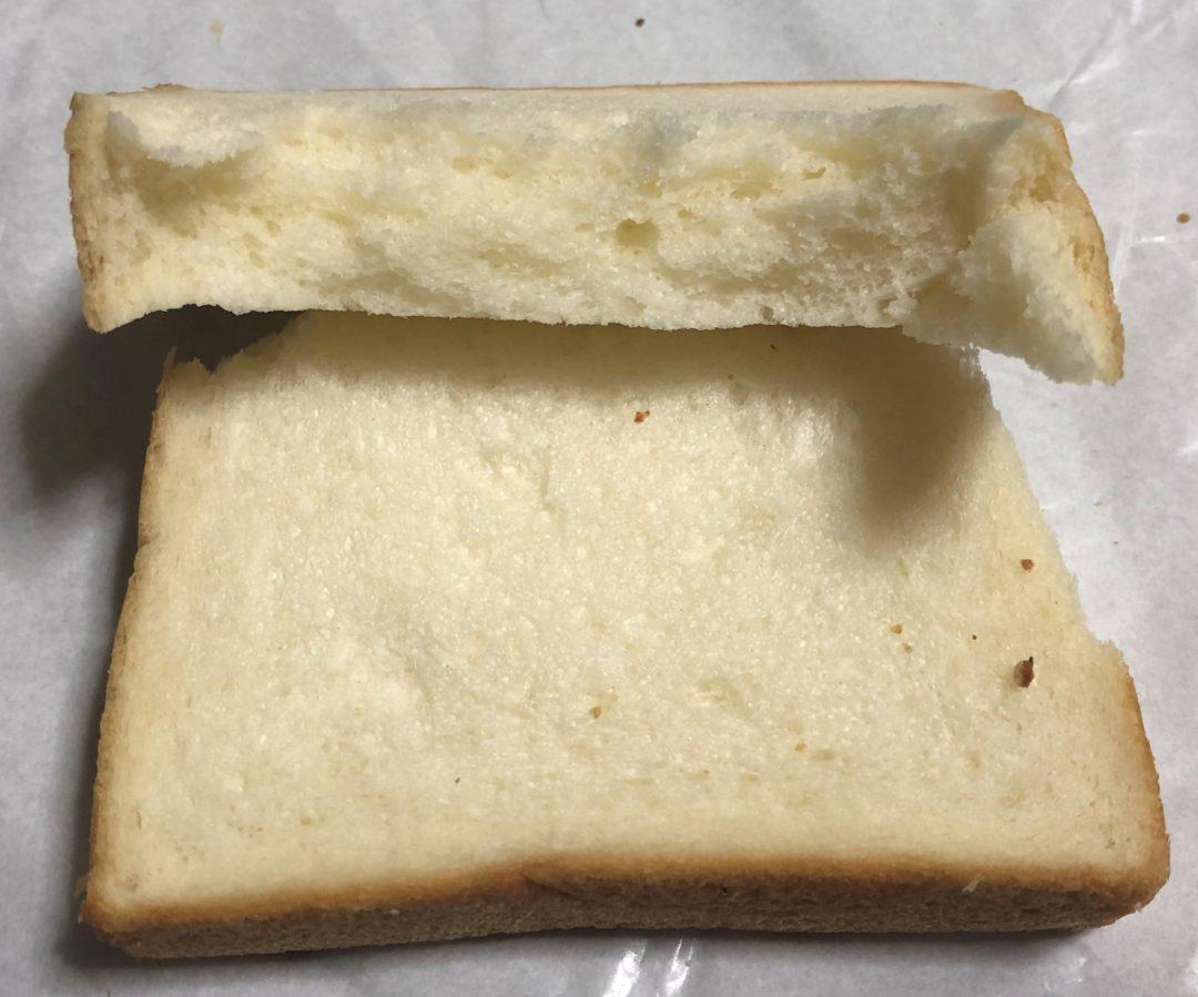 ちぎぃった食パン