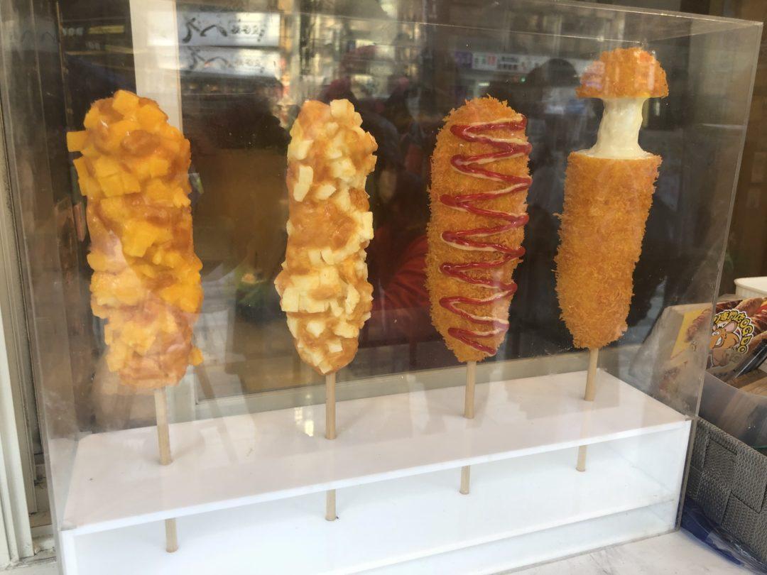 チーズハットク専門店 OG DOGのチーズハットク4種類の食品サンプル