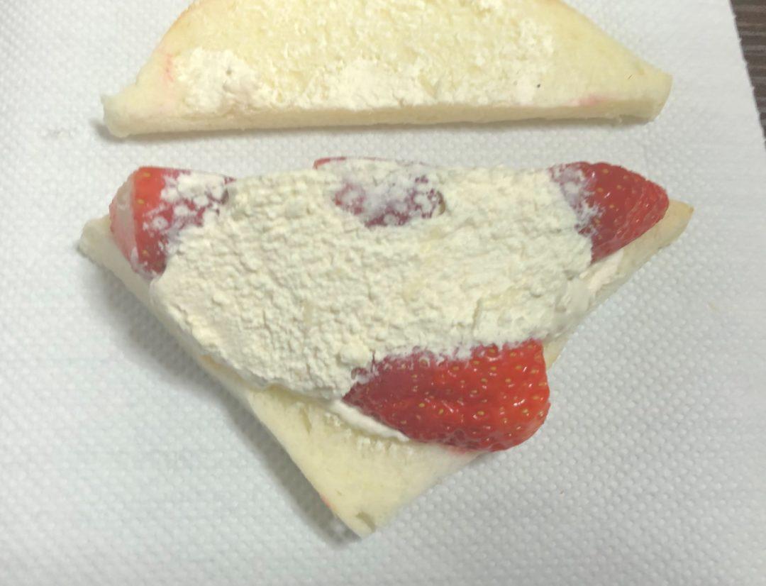 サンドイッチを開けてみた