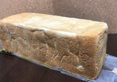 おかめやパン販売所の食パン