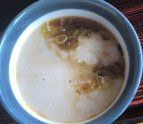 つけ汁と白濁蕎麦湯が混ざり合う感じ