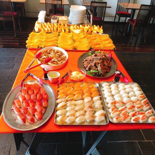 食べ放題テーブル