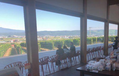 カンパーナ六花亭の窓からの風景