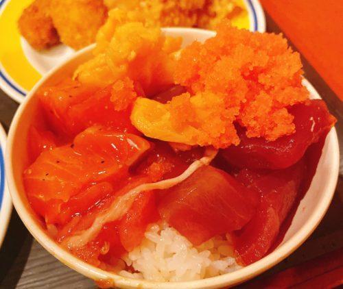 根室食堂の海鮮丼