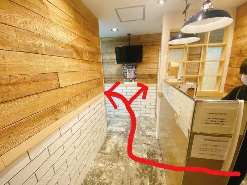 ふーも札幌店 カウンセリング室から施術室へ